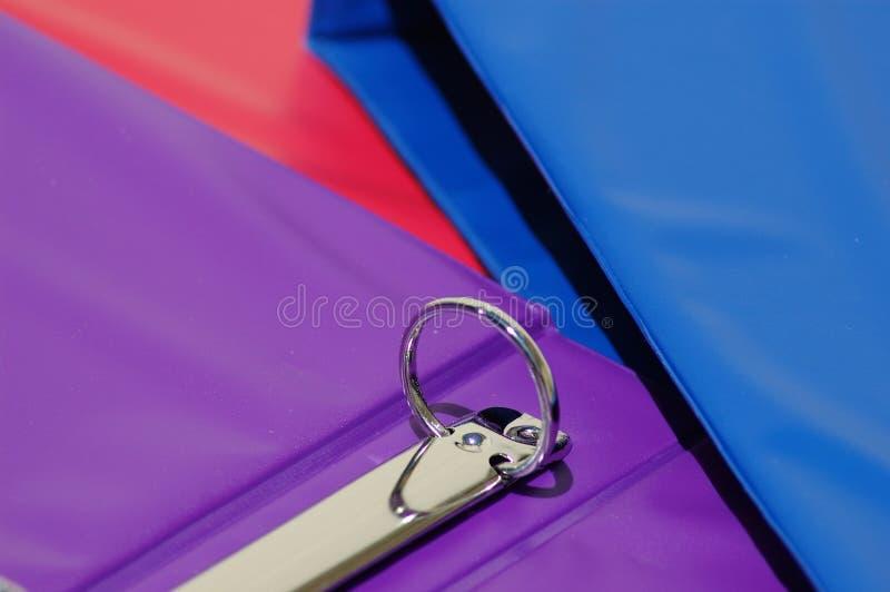 3 carpetas coloridas imágenes de archivo libres de regalías