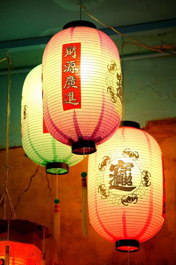 3 chinesische Laternen stockbilder