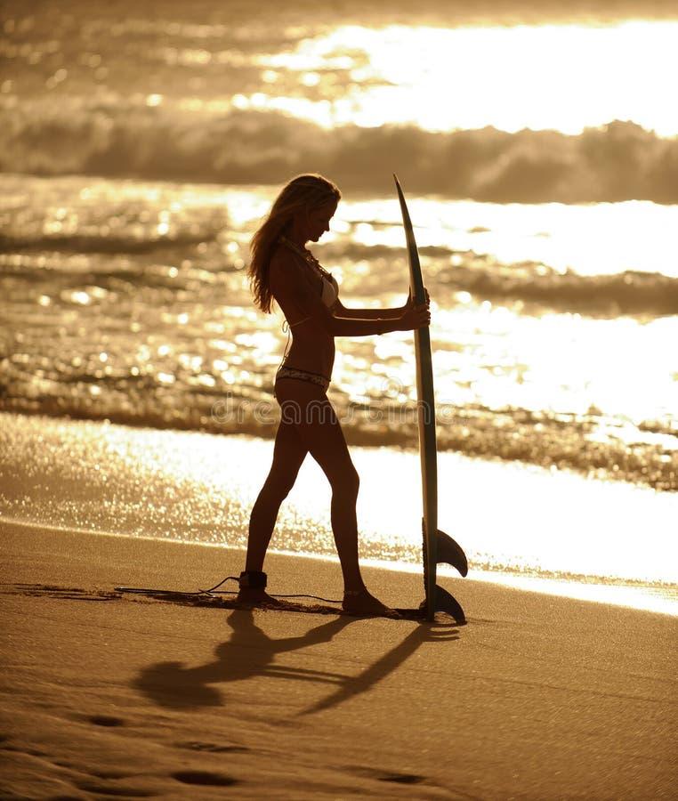 3 dziewczyn surfingowiec obraz royalty free
