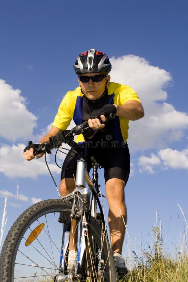 #3 faisant du vélo images stock