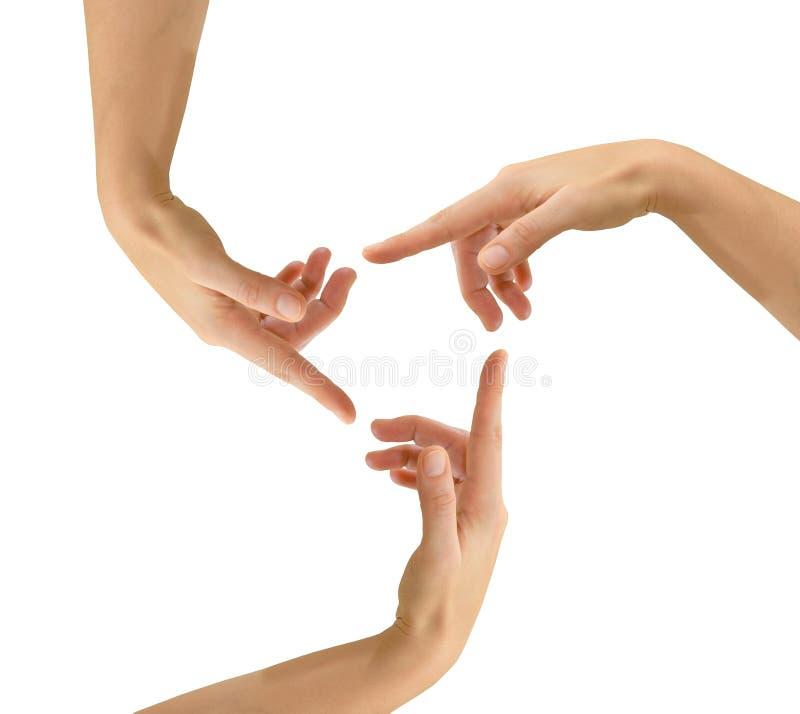 3 Hände im Kreis als Wiederverwertung des Symbols stockfotos