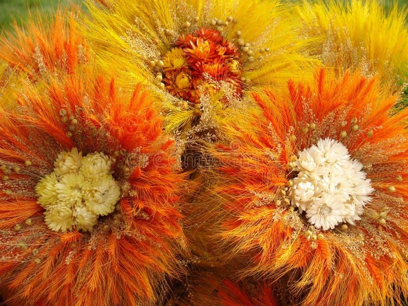 3 handgjorda blommor arkivbilder