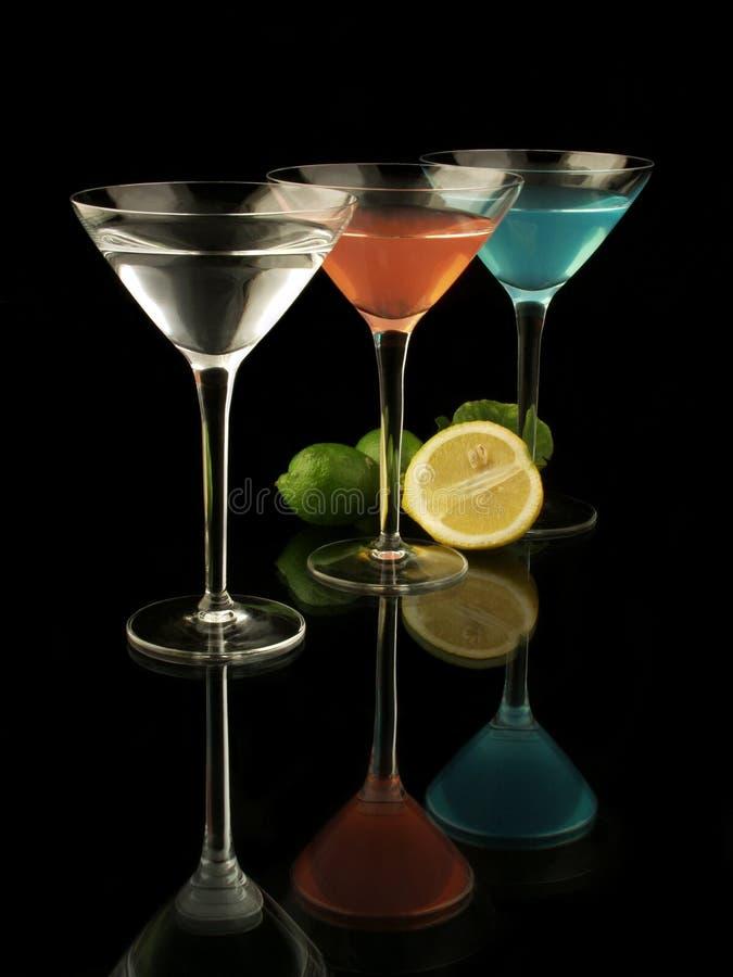 3 Martinis com limões fotos de stock