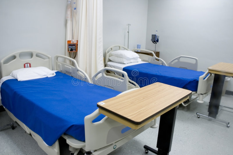 3 szpitalnego łóżka zdjęcia royalty free