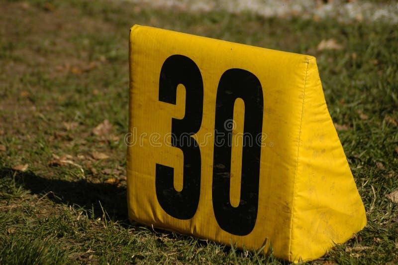 Download 30 jardów znacznika obraz stock. Obraz złożonej z sportowy - 129299