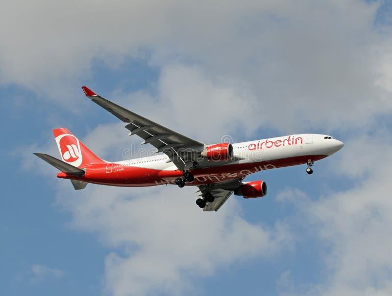 330航空空中巴士柏林着陆迈阿密 图库摄影