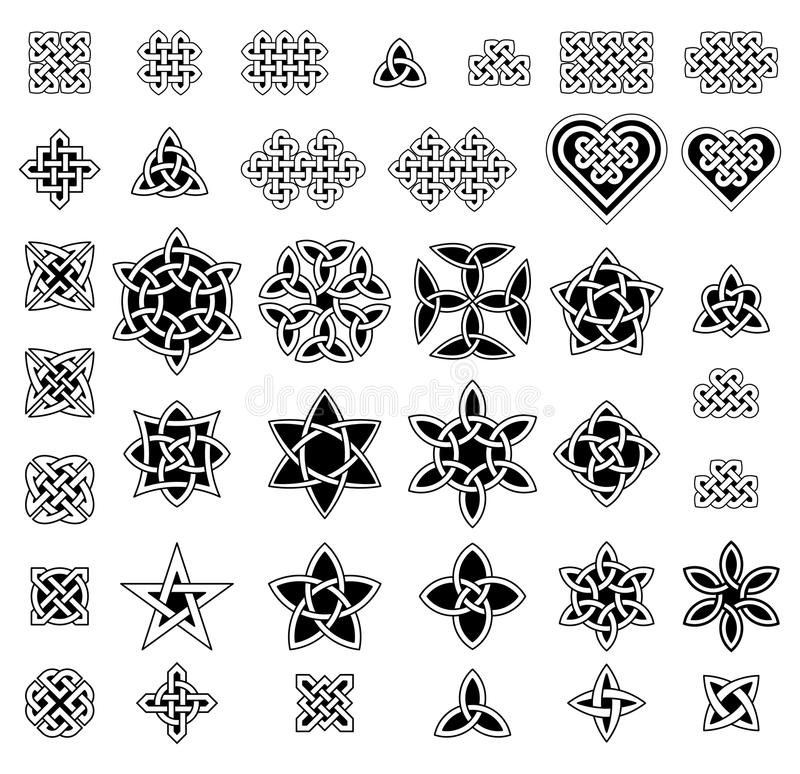 Free 39 Celtic Style Knots Collection, Vector Illustration Royalty Free Stock Photo - 61839415