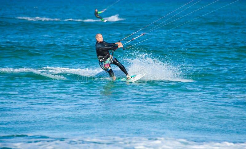 4月28日corralejo kitesurfer西班牙 免版税库存图片