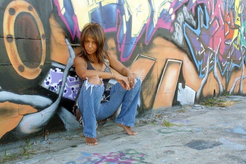 4美好的黑色街道画成熟妇女 库存图片