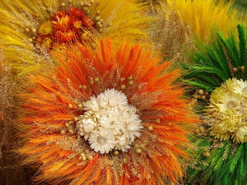 4 λουλούδια χειροποίητ&alph στοκ εικόνες με δικαίωμα ελεύθερης χρήσης