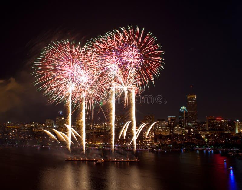 4-ый из феиэрверков в июль в Бостоне стоковое фото