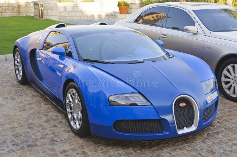 4 16 bugatti迪拜eb停放了阿拉伯联合酋长国veyron 库存照片