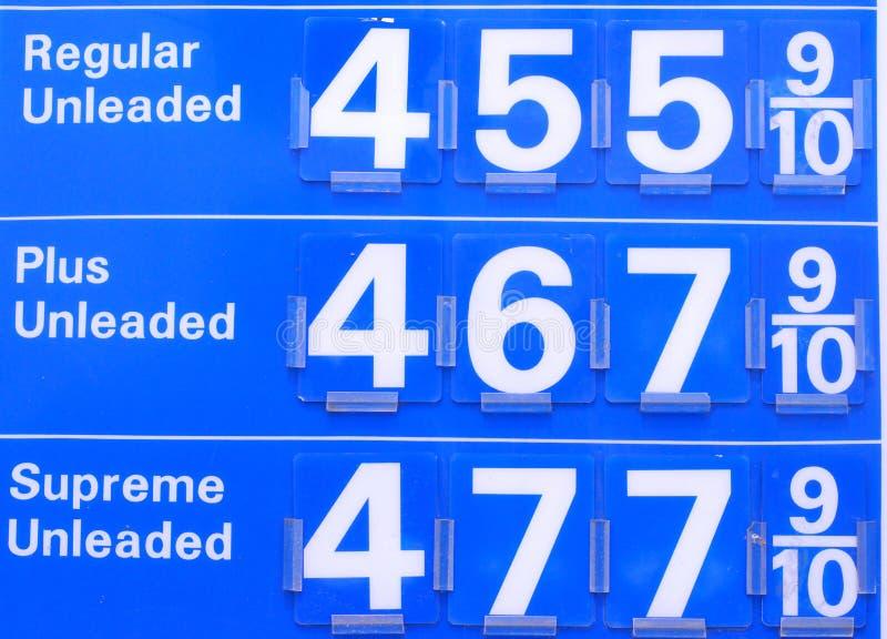 4 bensinpriser arkivbilder