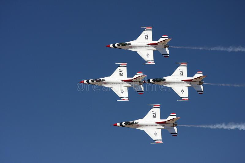 4 Jet Fighter Flying Free Public Domain Cc0 Image