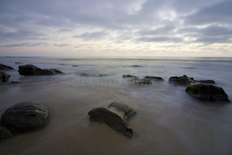 4 misty βράχοι στοκ εικόνες με δικαίωμα ελεύθερης χρήσης