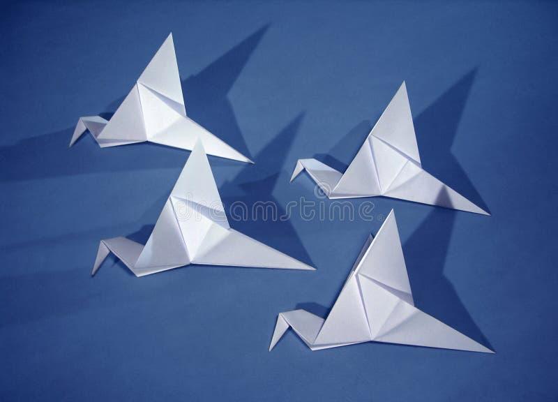 4 pássaros de papel imagem de stock