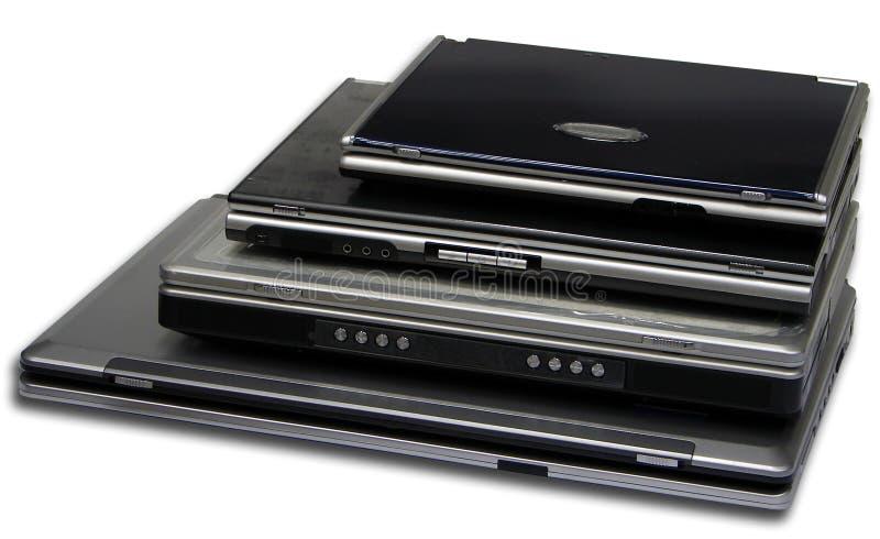 4 tailles d'ordinateur portatif d'isolement photo libre de droits
