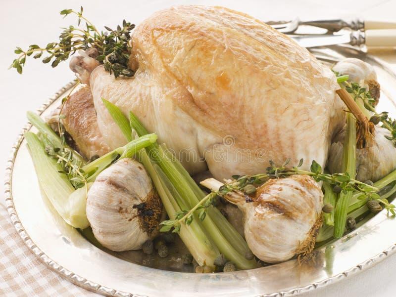 40 czosnek goździkowy upiec kurczaka obrazy stock