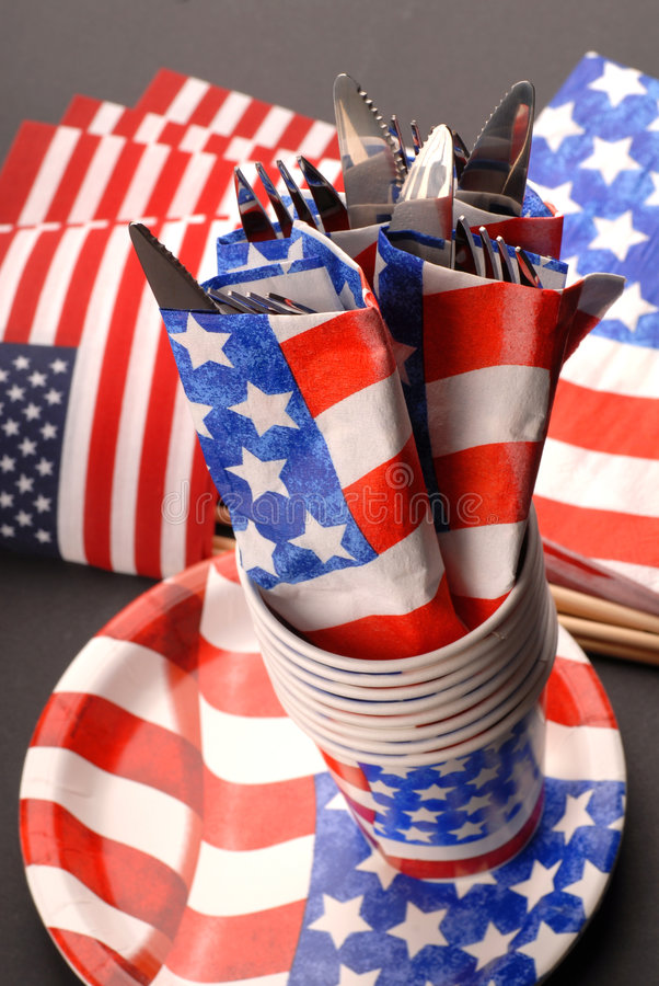 Free 4th Of July Tablesetting Theme Stock Image - 2714371
