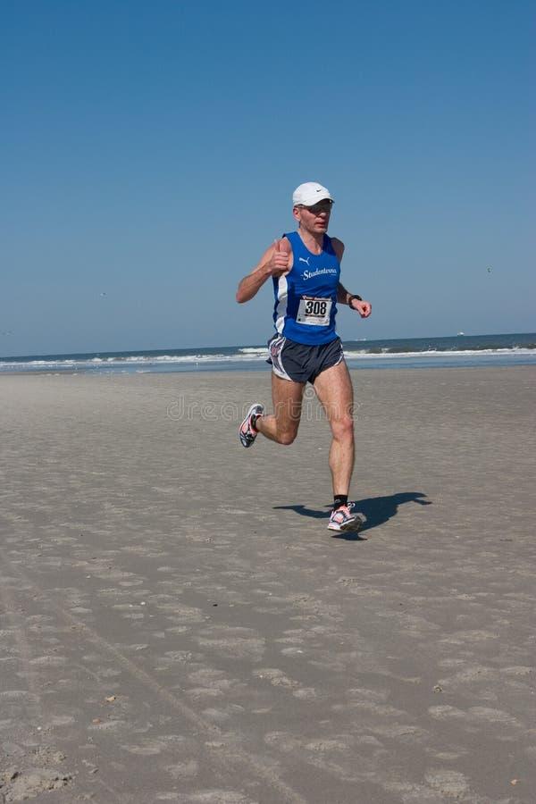 Download 5 & 10 Mile Winter Beach Run Editorial Image - Image: 14037885