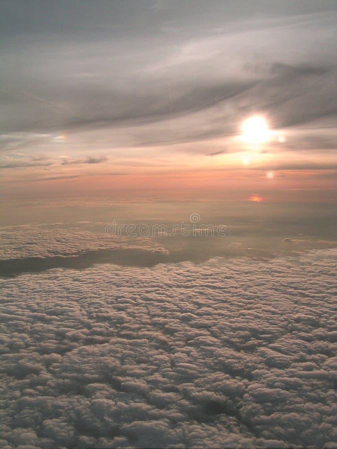 Download 5 mijlen hoog stock foto. Afbeelding bestaande uit vliegtuig - 28268