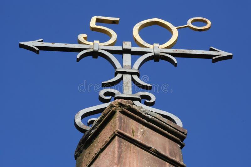50ό σύμβολο βαθμού στοκ φωτογραφία με δικαίωμα ελεύθερης χρήσης