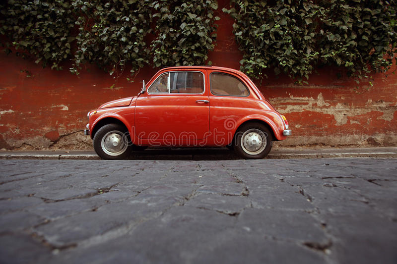 500命令意大利停放的罗马 库存照片