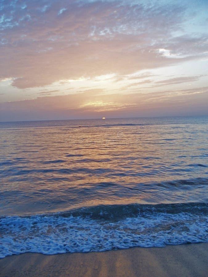 6个海滩海岸黎明东部佛罗里达 免版税图库摄影