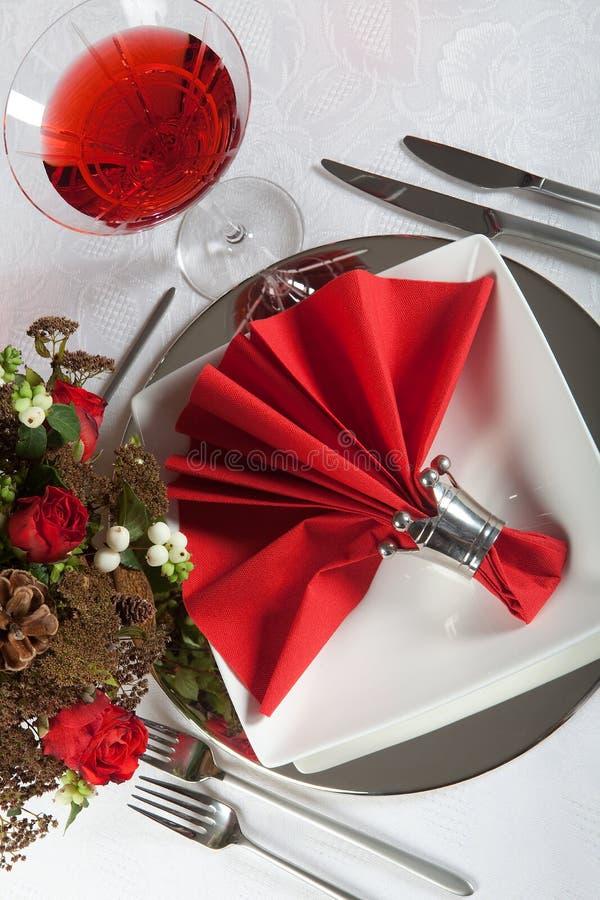 6 świąteczny czerwieni stołu biel obrazy stock