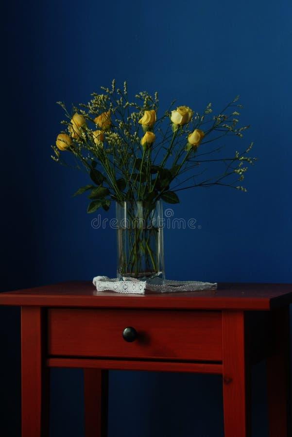 64a τριαντάφυλλα κίτρινα στοκ φωτογραφία