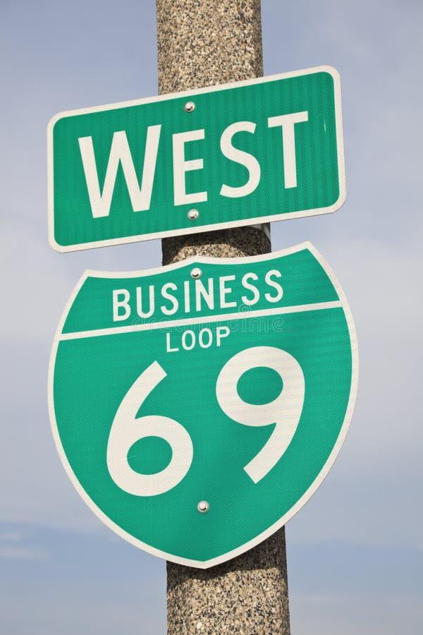 69 het teken van de weg royalty-vrije stock afbeelding