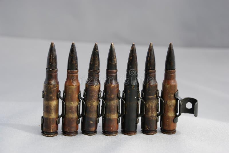 7.62 millimètres de munitions de mitrailleuse images libres de droits