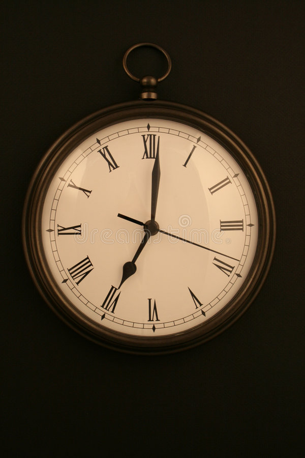 Download 7 O'clock Royalty Free Stock Photo - Image: 3592575