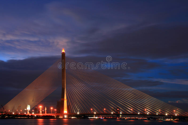 8座桥梁兆rama吊索泰国 免版税库存图片