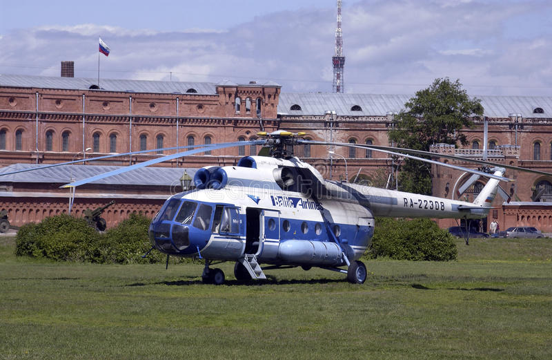 8架直升机米尔彼得斯堡俄国俄国st 库存照片