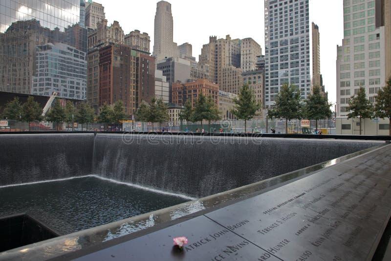 9-11 Denkmal lizenzfreie stockbilder