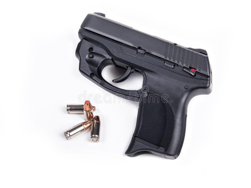 9mm Pistool & Kogels stock foto