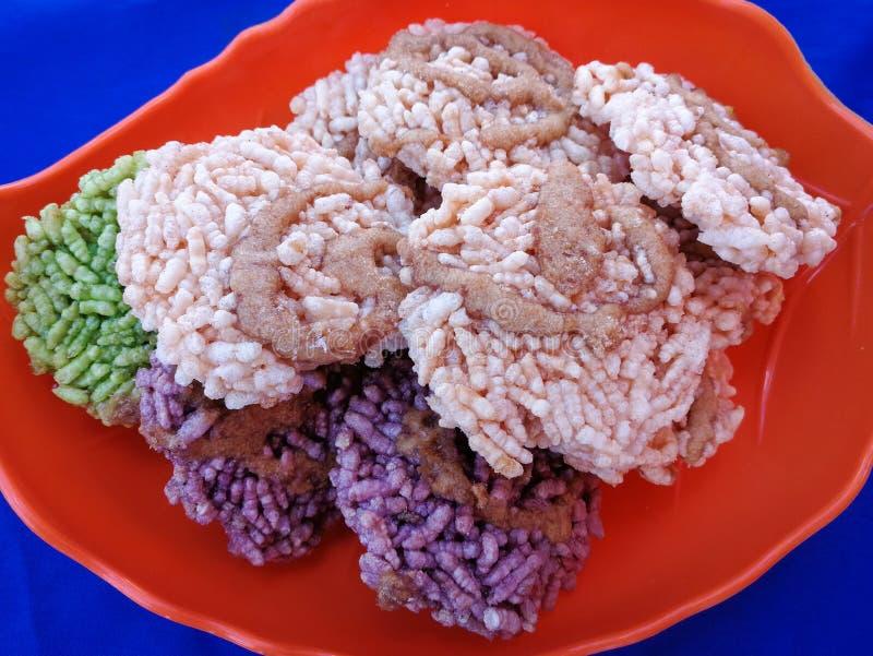 Açúcar fritado fritado do arroz doce tailandês torrado fotografia de stock royalty free