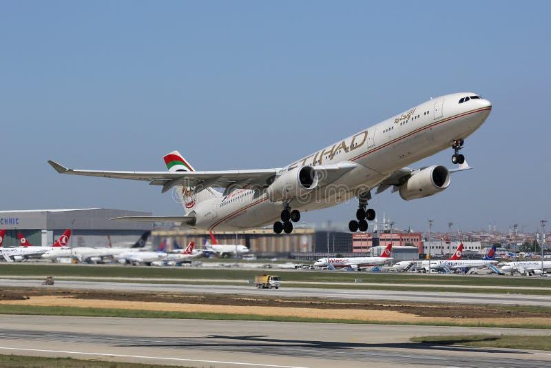 Aéroport d'Etihad Airbus A330-300 Istanbul photos libres de droits