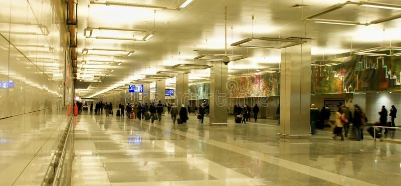 Aéroport d'Istanbul Atatürk - hall d'entrée images libres de droits