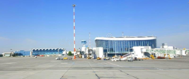 Aéroport d'Otopnei, Bucarest, Roumanie images libres de droits