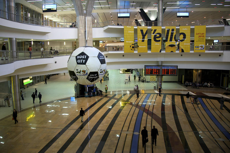 Aéroport de Johannesburg, les 2101 football/monde du football photo stock