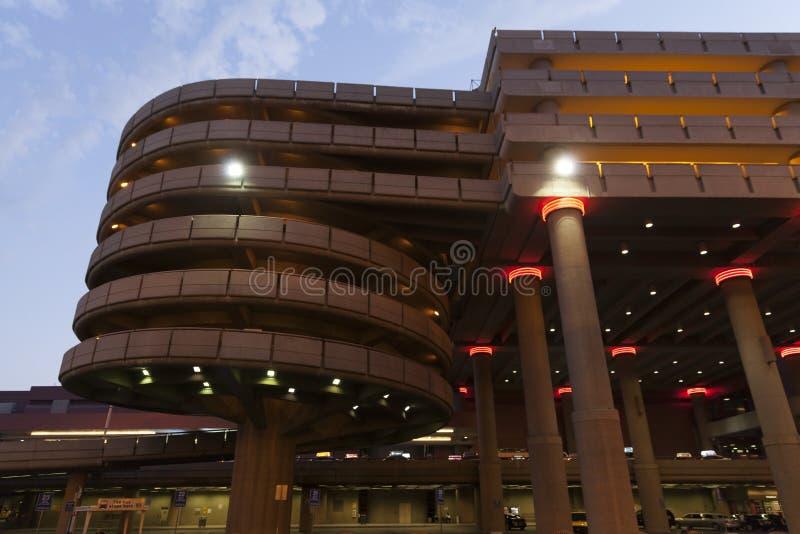 Aéroport de McCarran, garage du terminal un à Las Vegas, nanovolt o photographie stock libre de droits