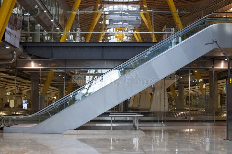 Aéroport intérieur de Madrid photo stock