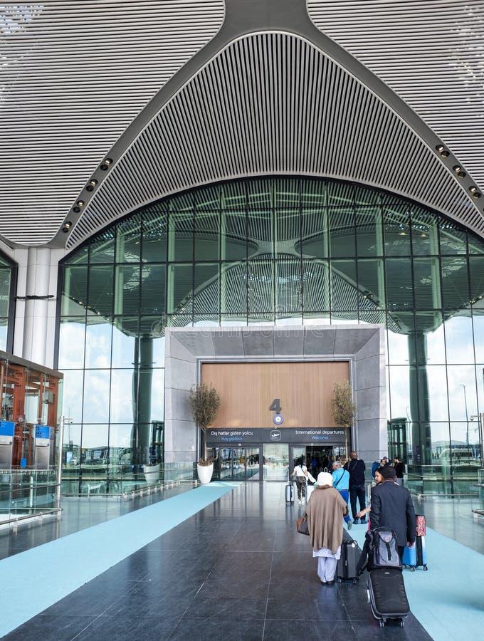 Aéroport international d'entrée à Istanbul image stock