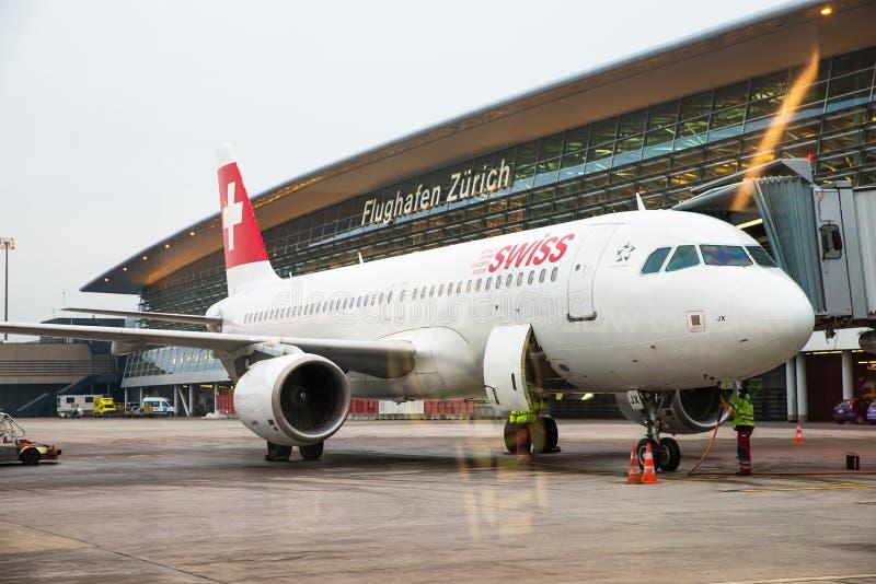 . Aéroport international de Zurich image libre de droits
