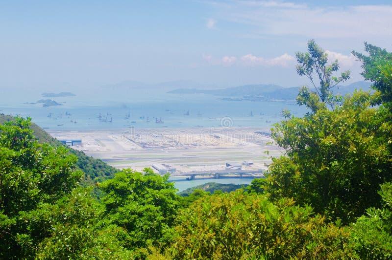 Aéroport par l'intermédiaire de Ngong Ping Trail sur l'île de Lantau photographie stock libre de droits