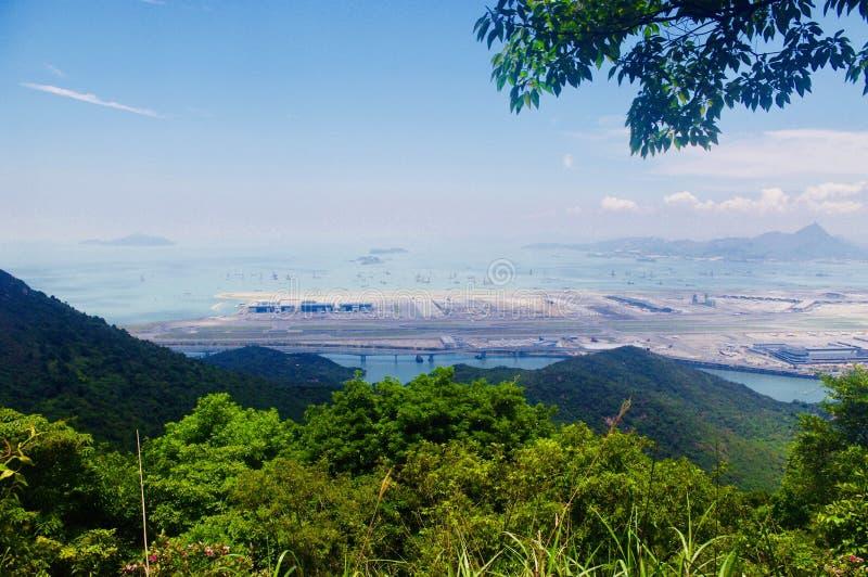 Aéroport par l'intermédiaire de Ngong Ping Trail sur l'île de Lantau photo stock