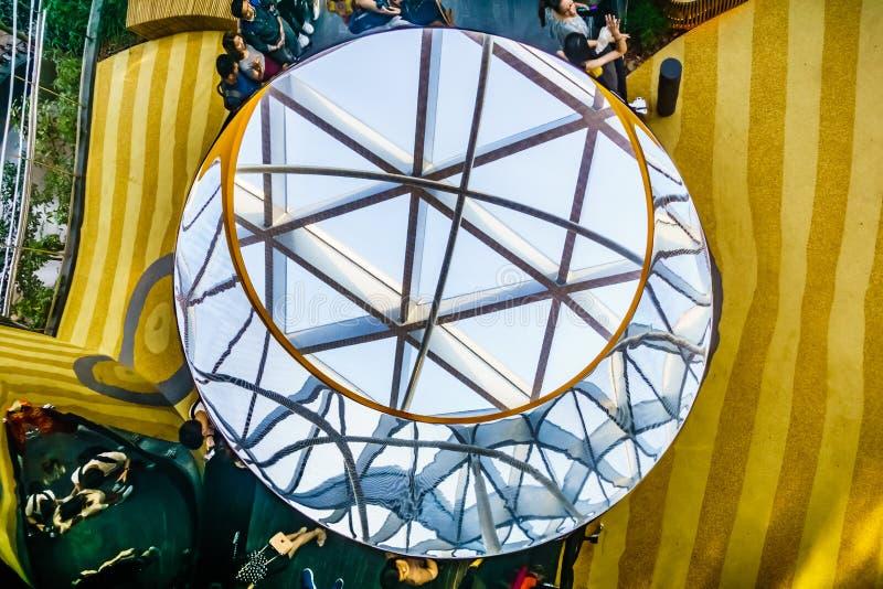 Aéroport Singapour - glissières de Changi de bijou de découverte photos libres de droits