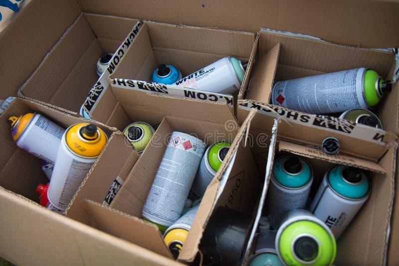 Aérosols de graffiti photographie stock
